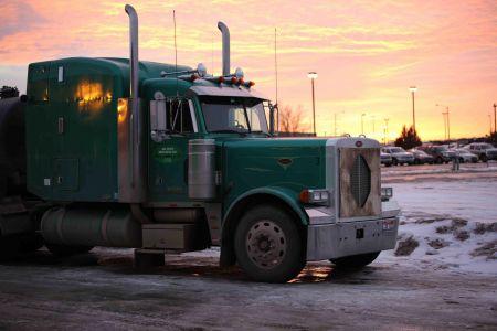 Lorry, Williston, ND